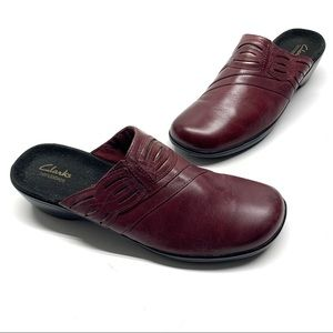 ❤️ Clark's Leather Slip On Red Mule Clogs